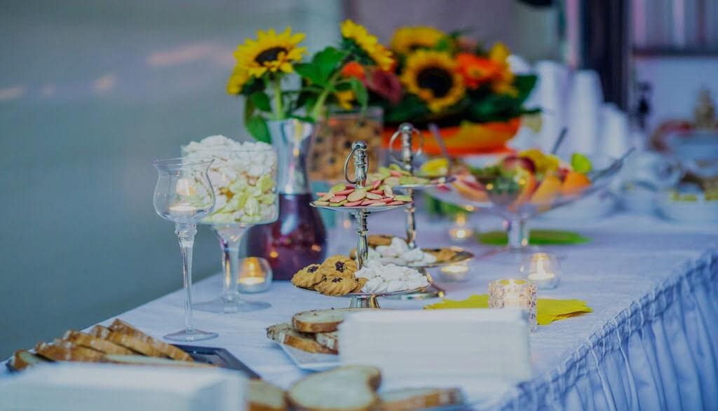 Przyjęcia okolicznościowe i Catering
